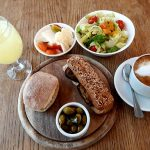 ארוחת בוקר במחלבת צאלה